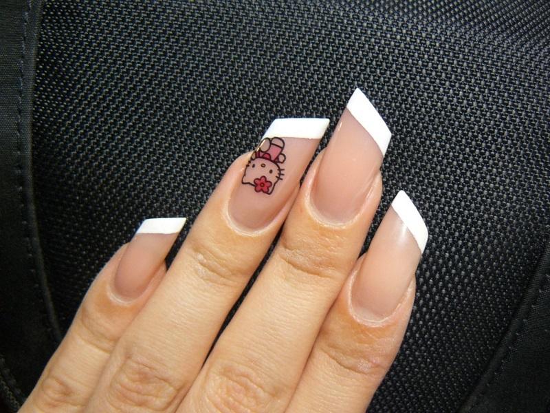 форми нігтів Ліпстік фото