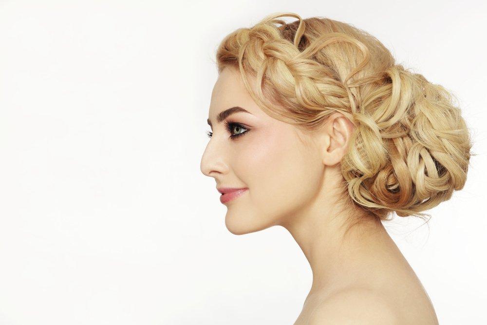 види зачісок залежно від форми обличчя
