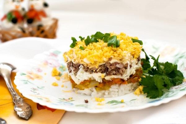 Листковий салат з рисом