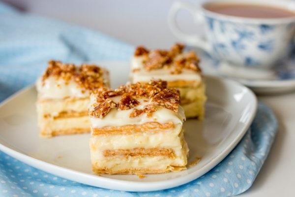Торт з бананами і згущеним молоком