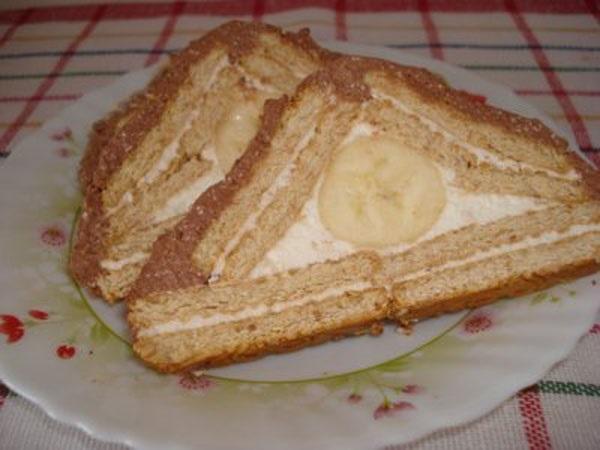 Готовий торт у розрізі