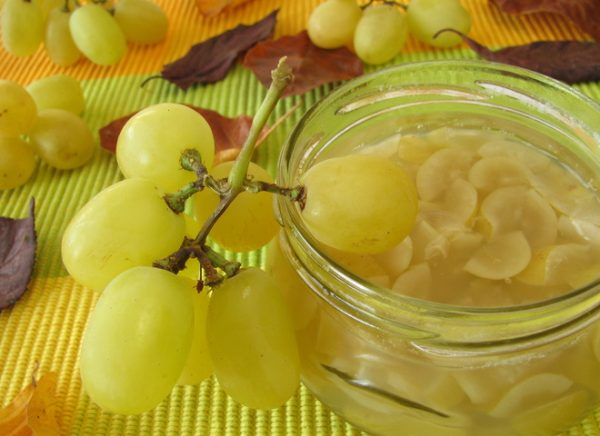 Варення приготоване з зеленого винограду