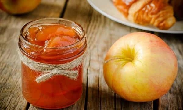 Варення з яблук кусочками