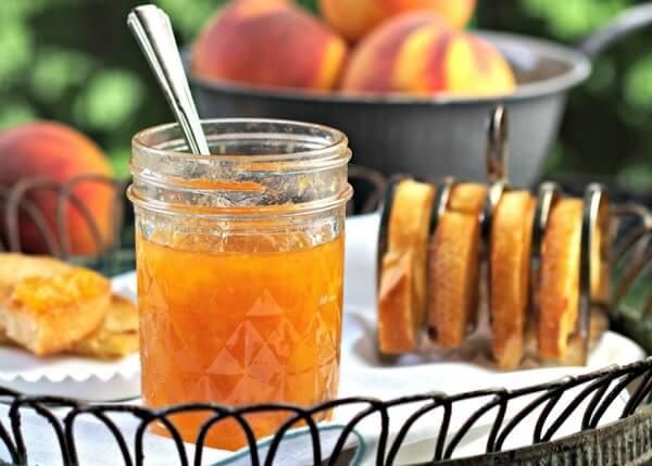 персиковий джем