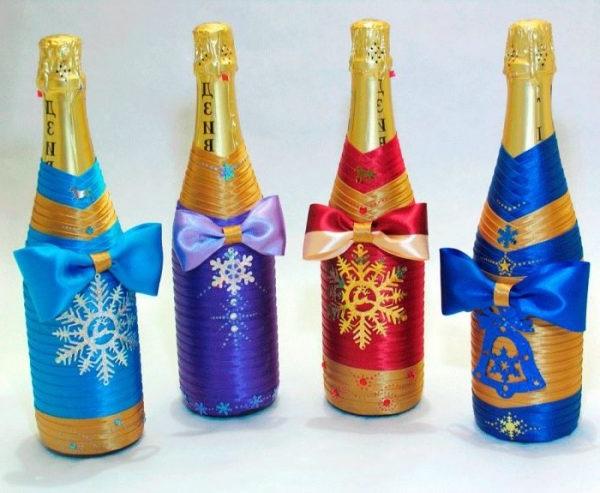 декор шампанського на новорічні свята