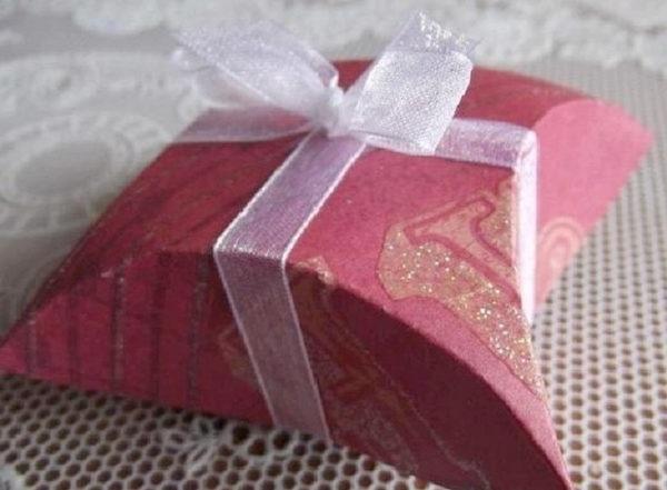 як креативно упакувати новорічний подарунок