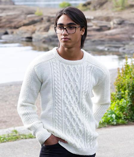 Модний светр з візерунками