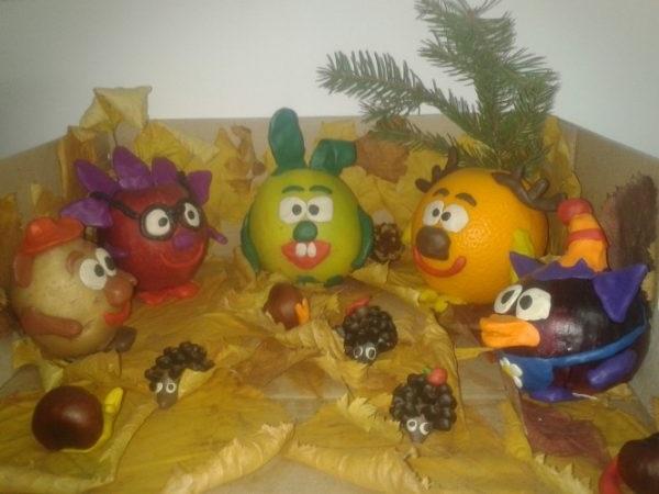 фігури з фруктів