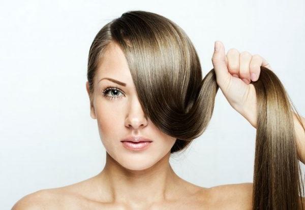 відновлююча маска для волосся в домашніх умовах