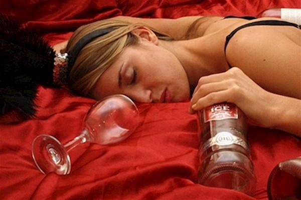 які таблетки не можна пити з алкоголем