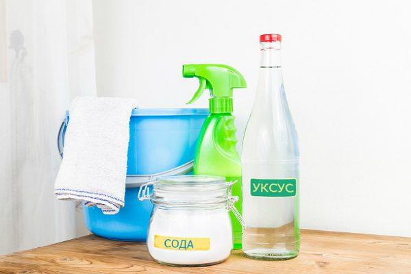 як почистити духовку оцтом