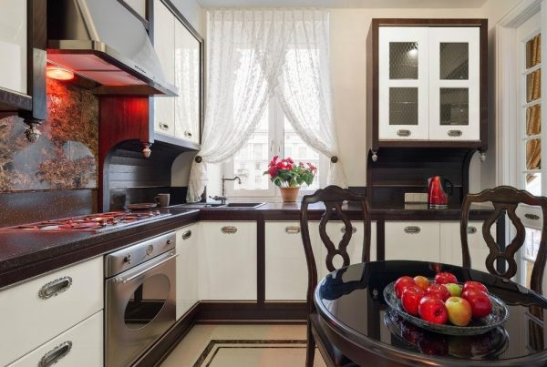 короткі штори на кухню фото