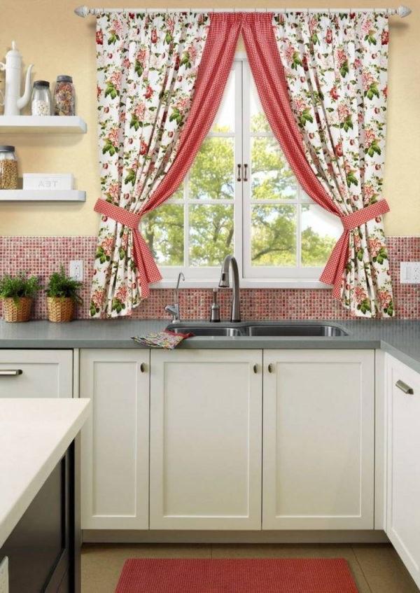 штори на кухню фотогалерея