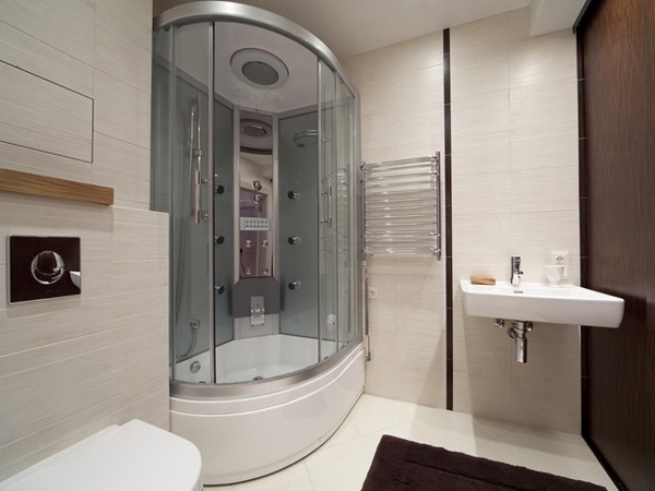 інтер'єр ванної з душовою кабіною