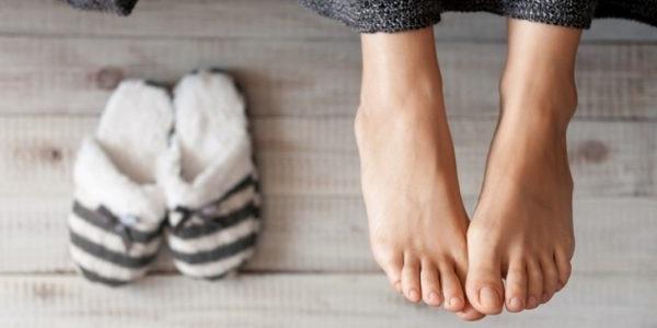 як боротися з неприємним запахом ніг