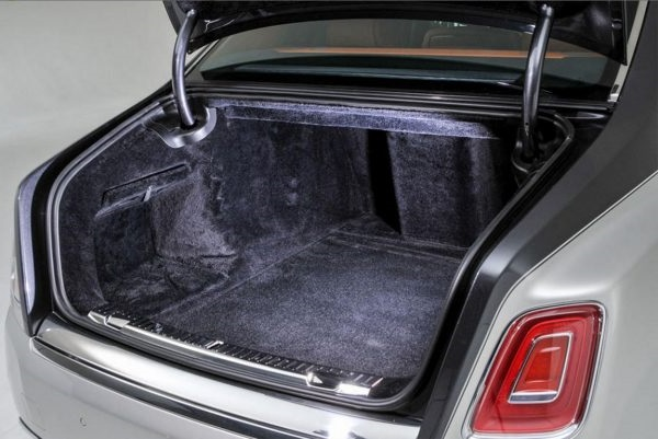 Багажник Rolls-Royce Phantom 2018-2019