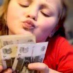що робити коли підліток краде гроші