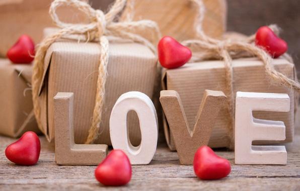подарунок коханій на 14 лютого