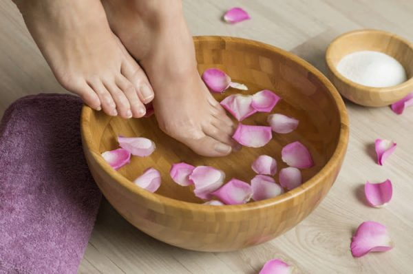 як прибрати неприємний запах ніг