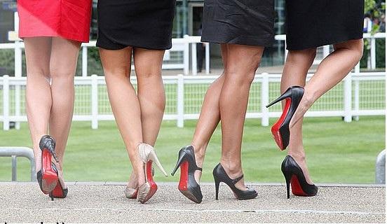 як правильно ходити на каблуках