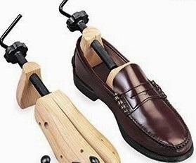 як розтягнути туфлі