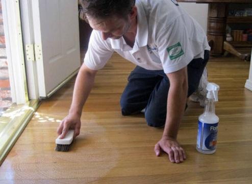як відмити ламінат після ремонту