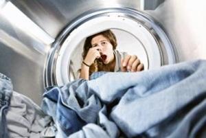 як забрати сморід з пральної машини