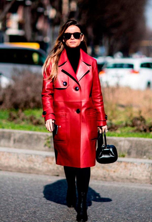 Шкіряне жіноче пальто