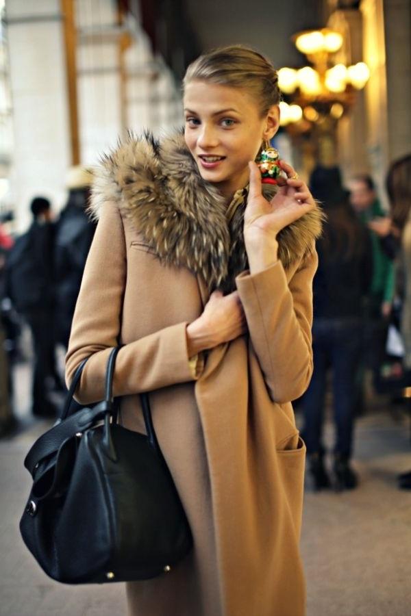 пальто жіноче з хутром