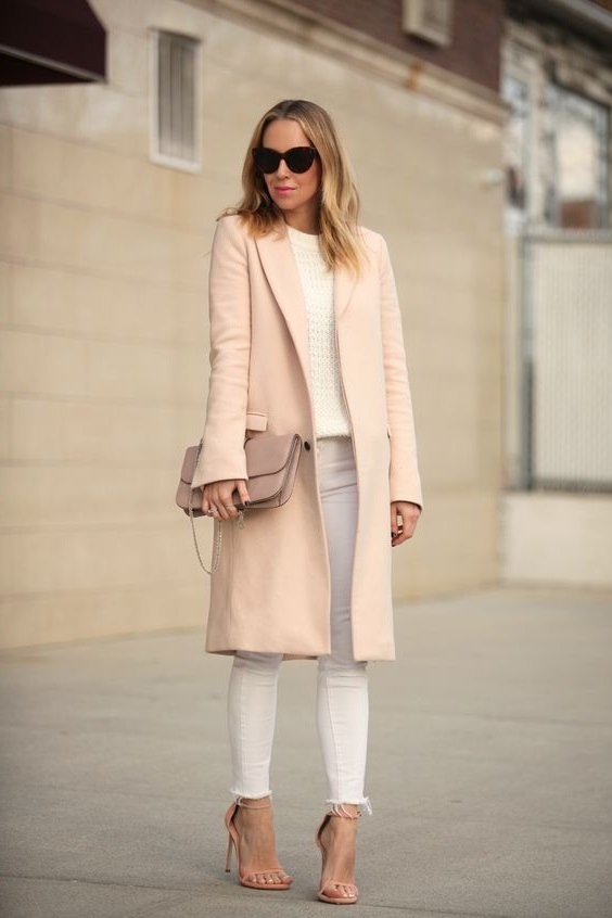 бежеве пальто