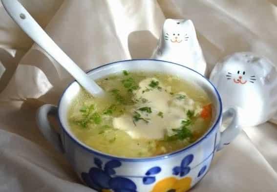 суп з яйцем