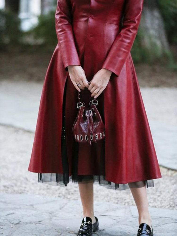 вишневе шкіряне пальто