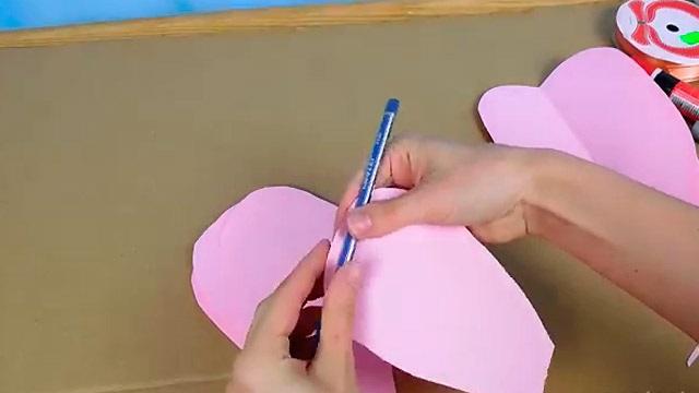 пелюстки з паперу