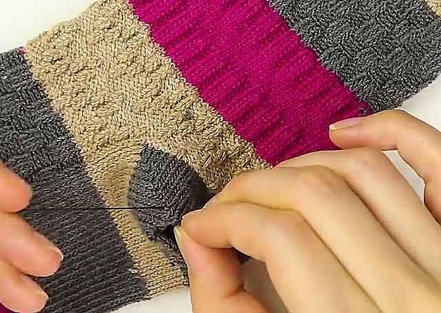 рукавички з носків фото