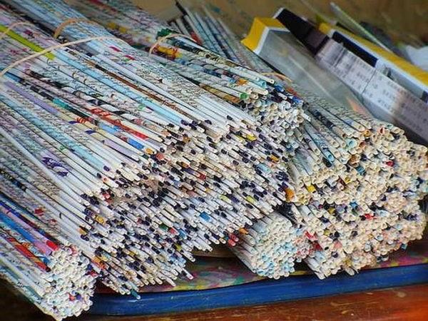 поробки з газетних трубочок