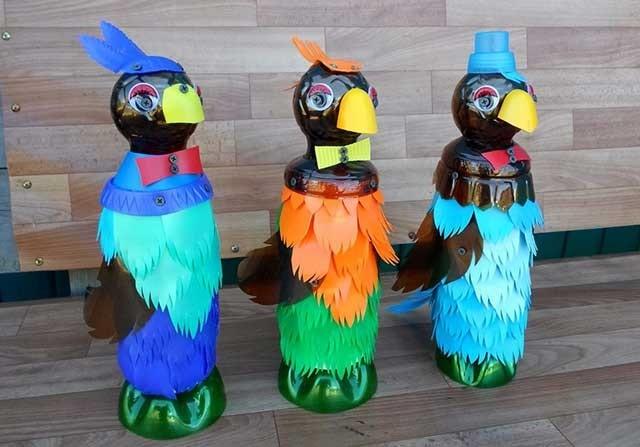 папужки з пластикових пляшок