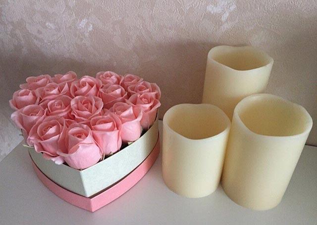 троянди з фоамірана