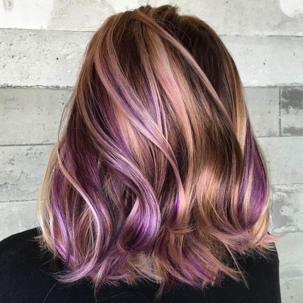 Яскраві кольорові волосся 2019