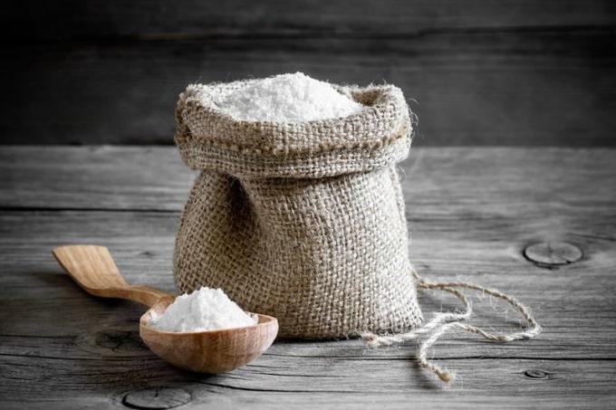 чи можна позичати сіль