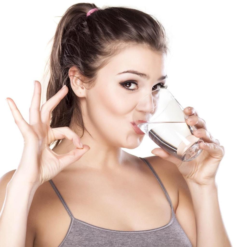 чи можна пити воду під час їди