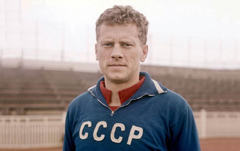 Радянський футболіст вбив воротаря-мавпу