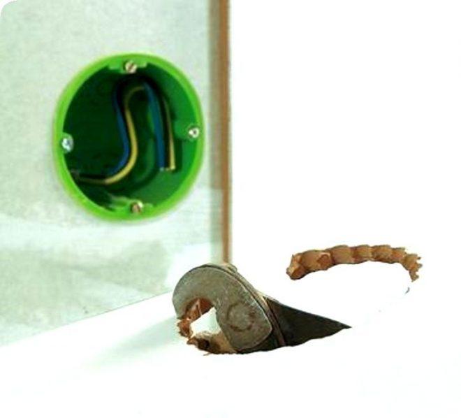 як зробити отвір в керамічній плитці