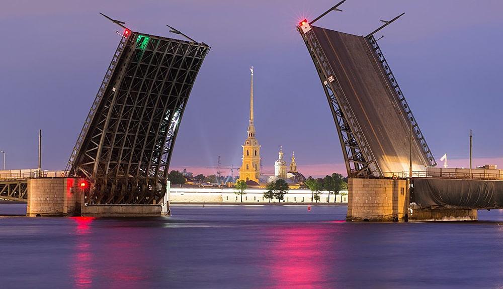 Цікаві факти про Санкт-Петербург