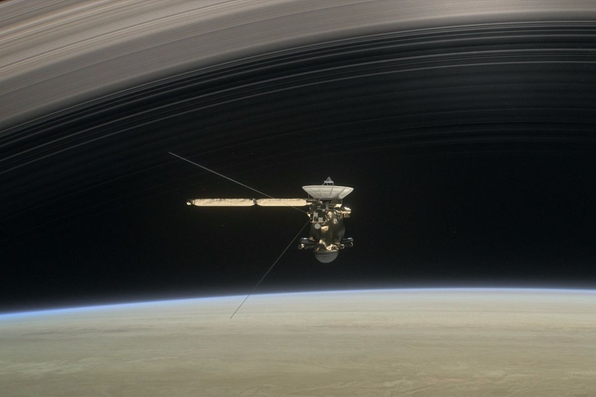 дослідження сатурна