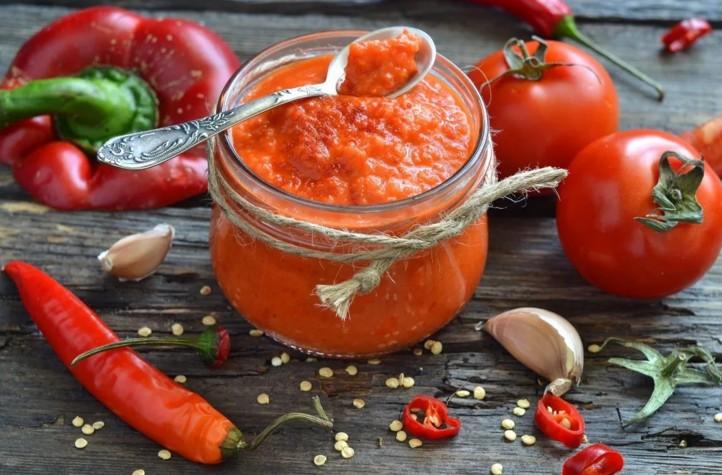 томатна паста в домашніх умовах
