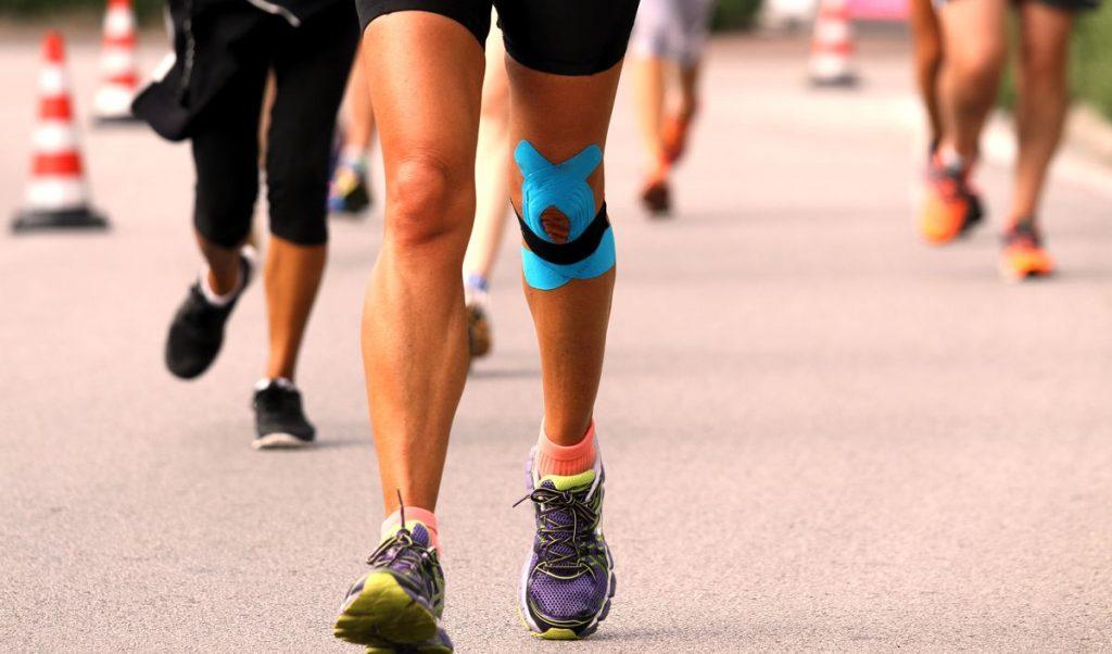 біль в коліні при бігу