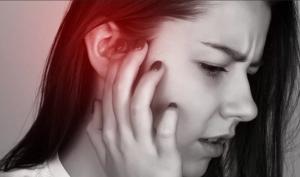 що робить коли болить вухо