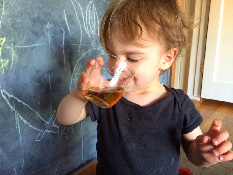 коли дітям можна чай