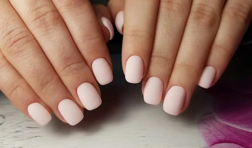 квадратні нігті